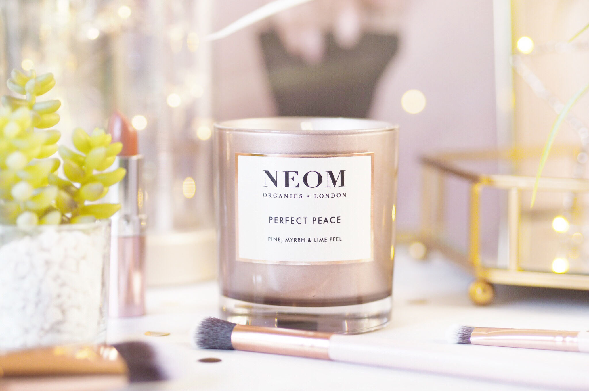 Neom Perfect Peace Scented Candle