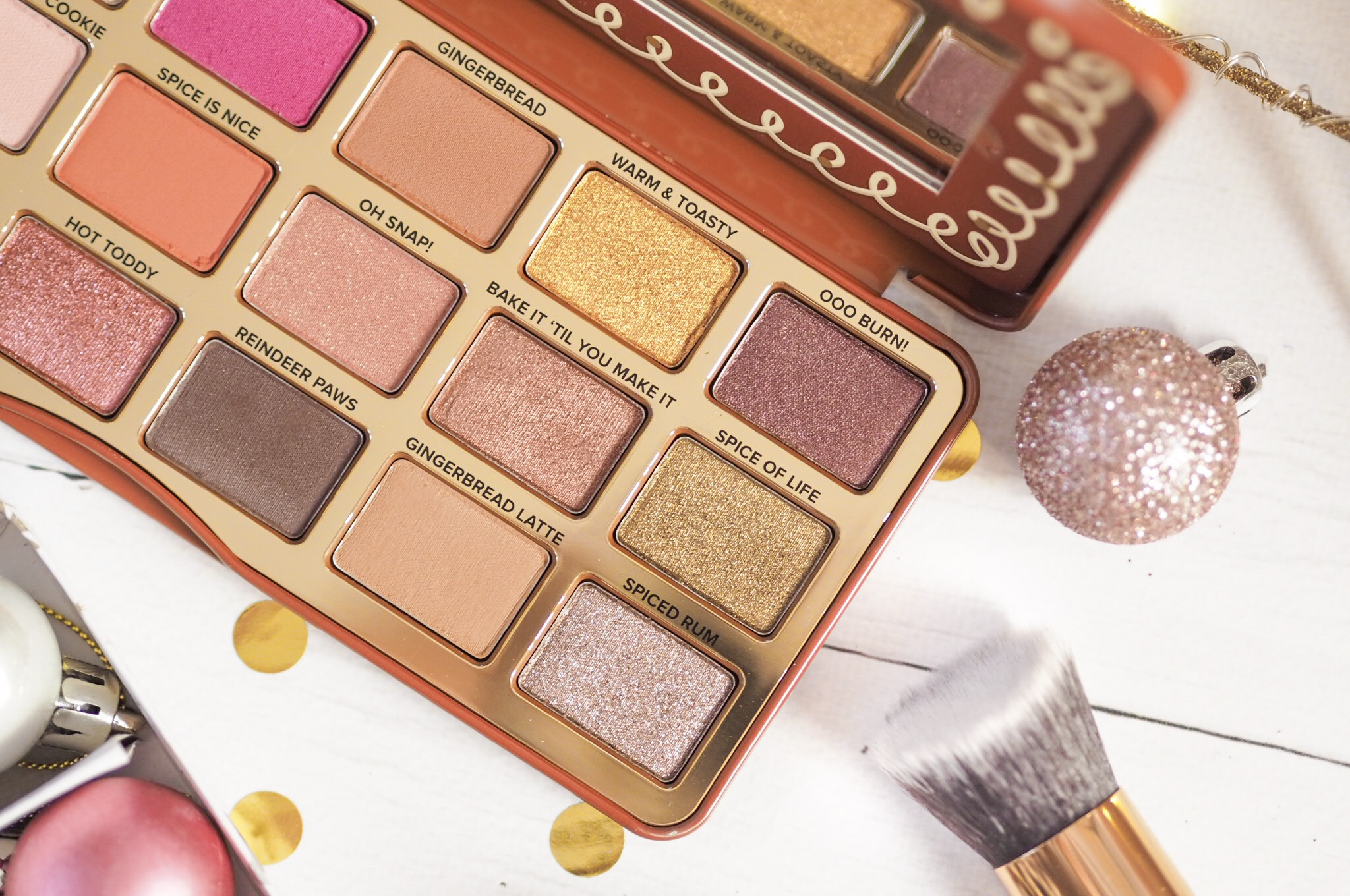 Too Faced Gingerbread Spice Eyeshadow Palette Review