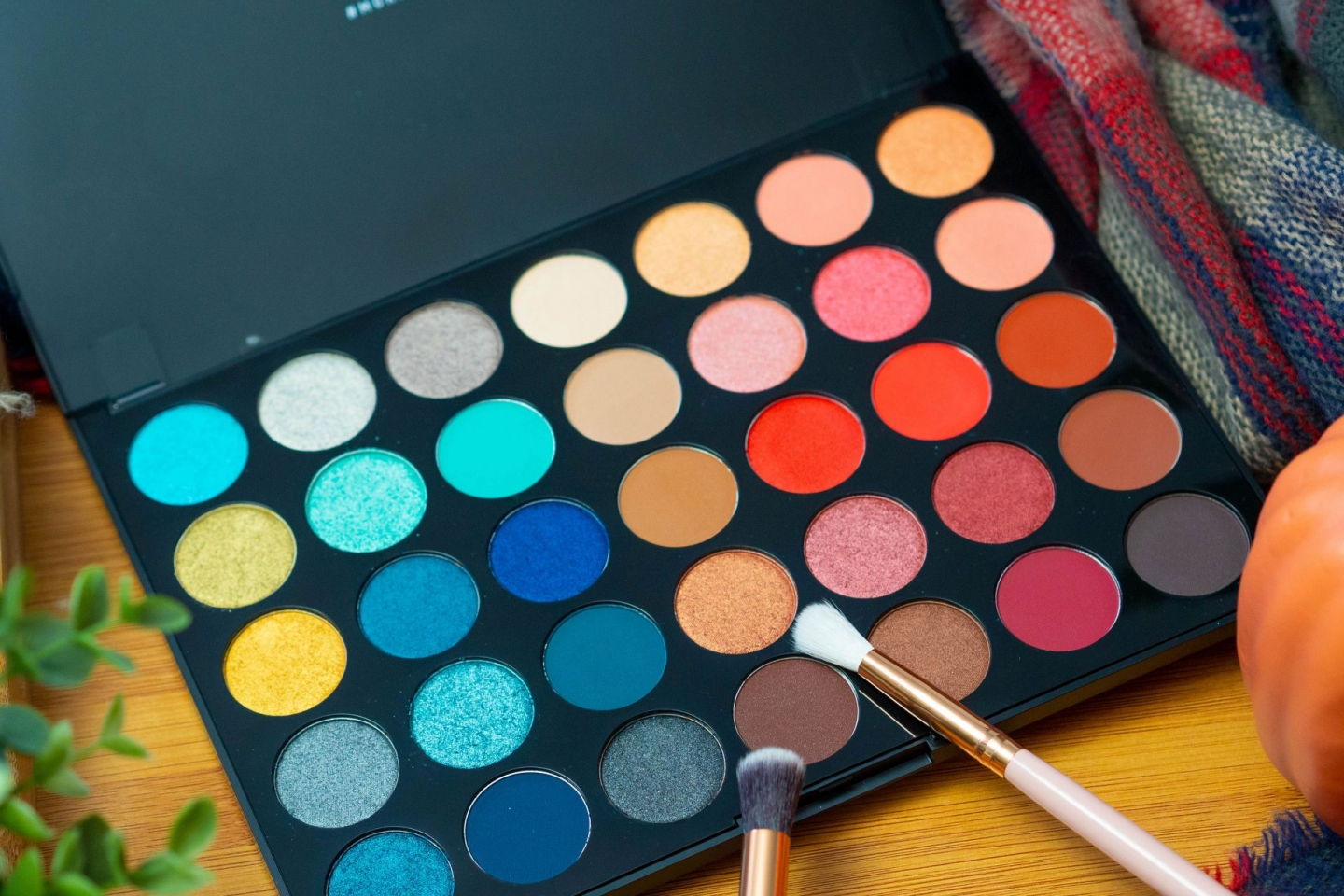 Morphe Eyeshadow Palette Hot Spot 35H