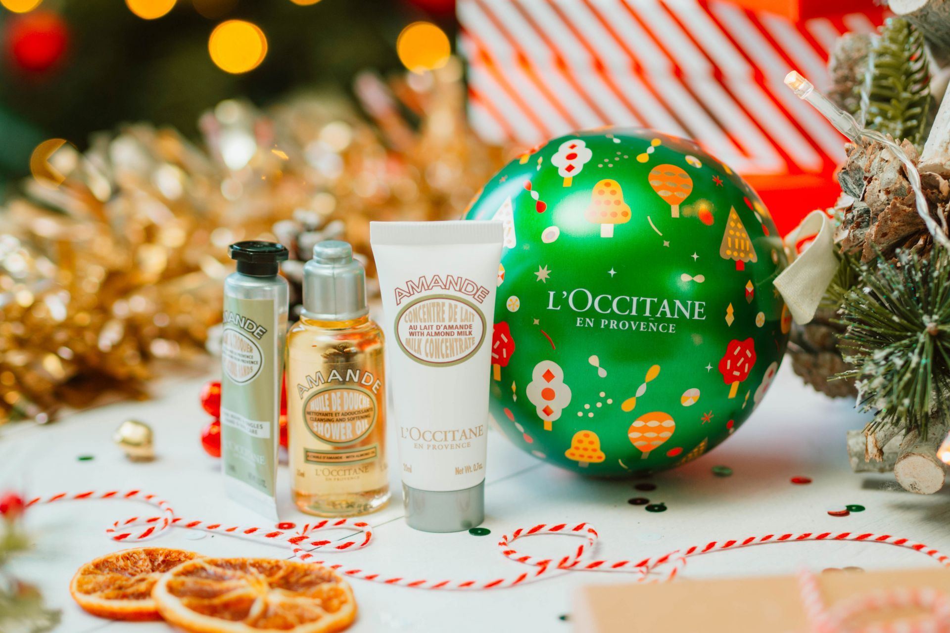 L'Occitane Almond Festive Bauble