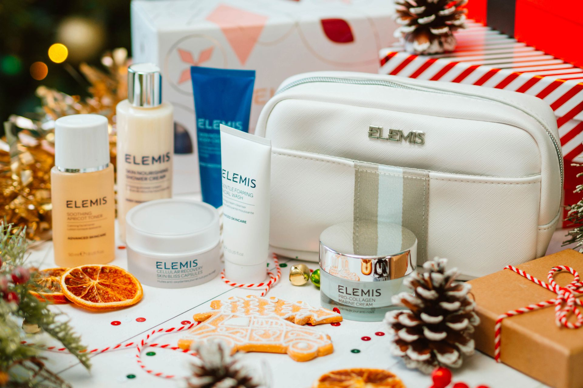 Elemis Travel Treasures Gift Set For Her